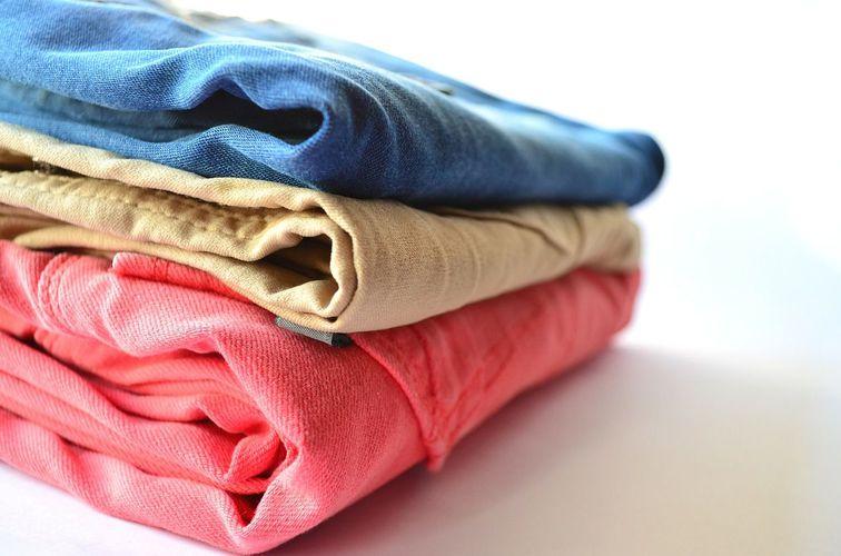 S3 clothes 166848 1280